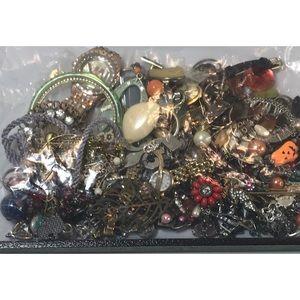 Vintage To Now Scrap, Repair Jewelry & Watch Lot